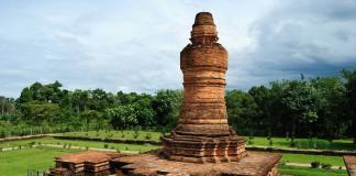 Candi Muara Takus dibangun pada masa Kerajaan Sriwijaya berdiri.