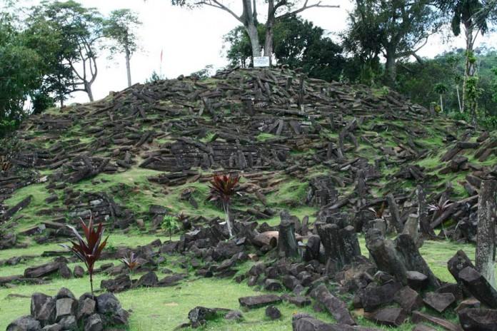 Situs Gunung Padang dan Peta Peradaban Dunia