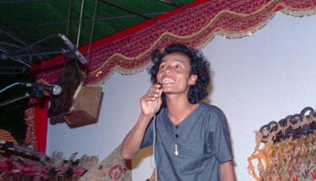 Wiji Thukul, Penyair Cadel dari Sorogenen
