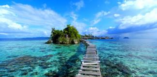 Kepulauan Togean di Teluk Tomini, Sulawesi Tengah