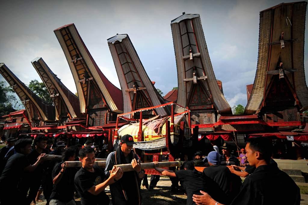 Rambu Solo, Upacara Kematian Masyarakat Toraja