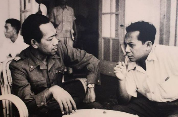 Hamengkubuwono IX, Dukungan Total pada Republik Indonesia