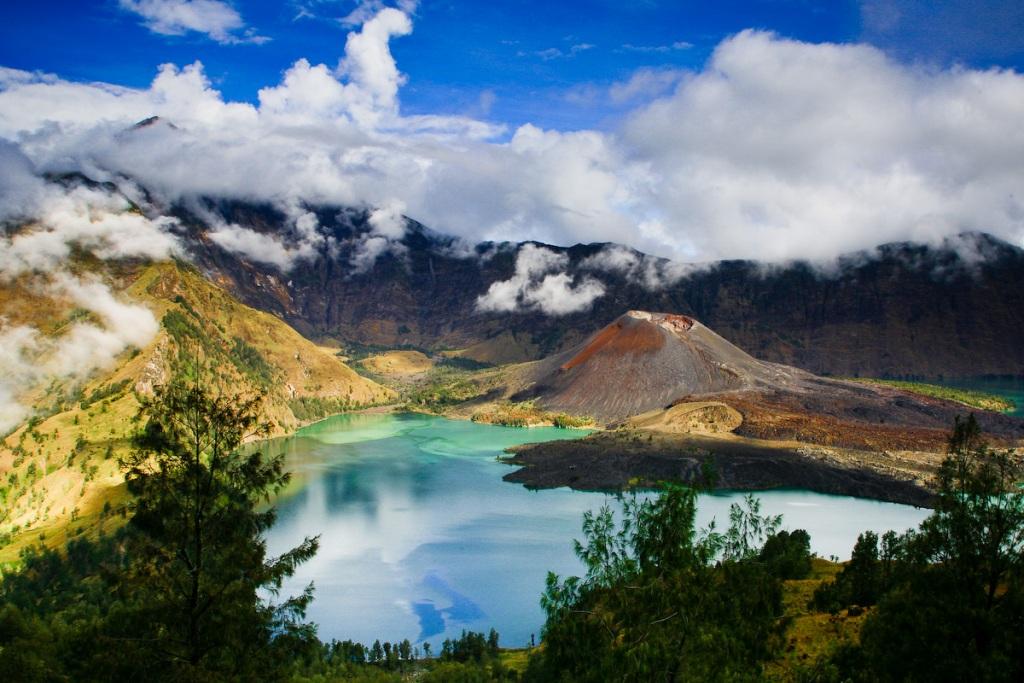 Gunung Rinjani Lombok, Tujuan Pendakian Terfavorit di Indonesia