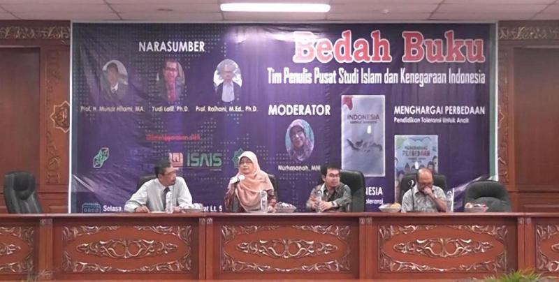 Bedah Buku Zamrud Toleransi dan Menghargai Perbedaan di UIN Suska Riau