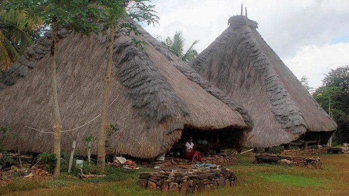 Kampung Adat Tutu Badha