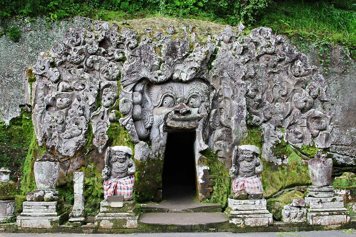 Goa Gajah, Petilasan Hindu-Buddha di Gianyar