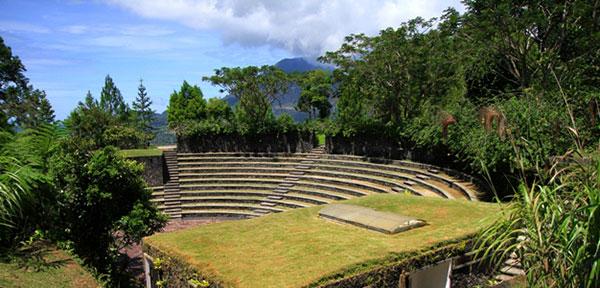 Bukit Doa Kelong, Wisata Alam dan Religi di Kota Tomohon
