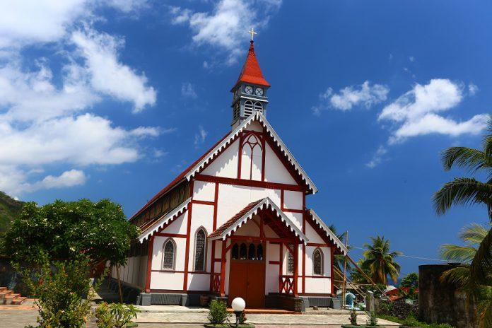 Gereja Santo Ignatius Loyola, Rumah Ibadah Tua di Sikka