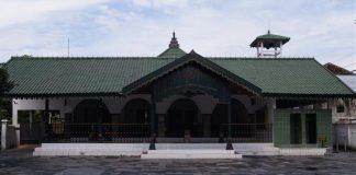 Masjid Ad-Darojat