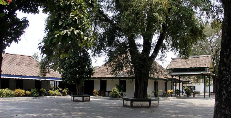 Pesanggrahan Ambarbinangun, Tempat Peristirahatan Raja-raja Yogyakarta