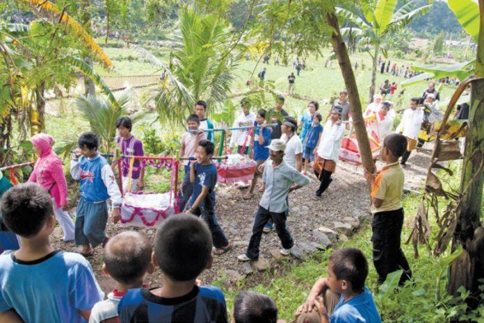 Gotong Royong, Praktik Hidup Bersama Masyarakat Nusantara