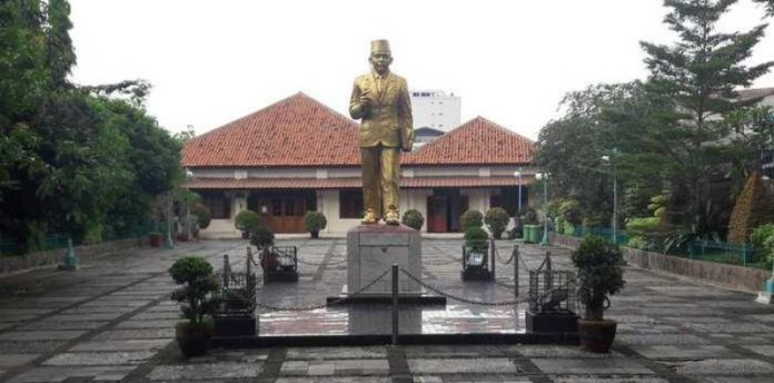 MH Thamrin, Pahlawan Nasional Asal Betawi
