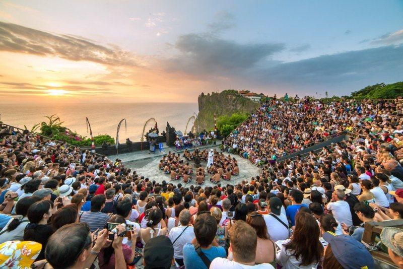Pulau Bali, Surga Dunia Terakhir dengan Masyarakat yang Multikultur