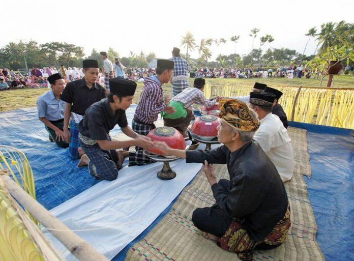Eratnya Hubungan Umat Hindu dan Muslim di Pulau Bali