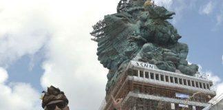 Patung Garuda Wisnu Kencana