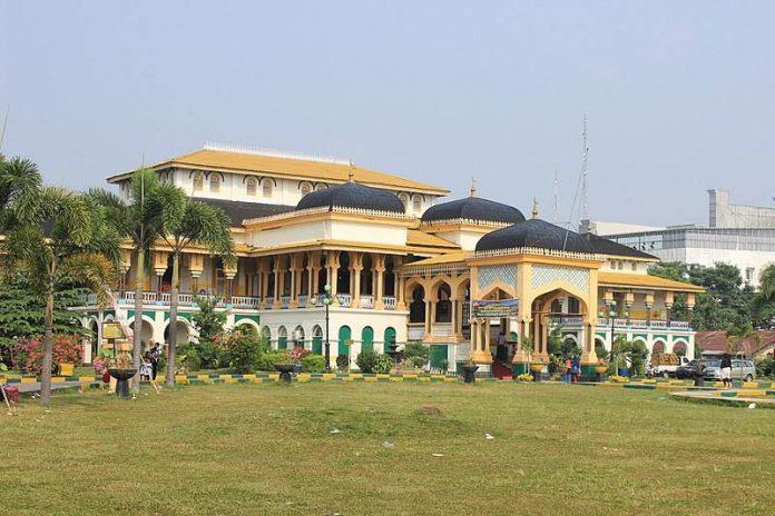 Istana Maimun Medan