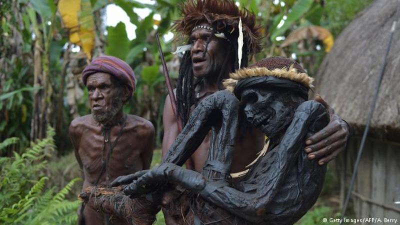 Mumifikasi Suku Asmat Papua