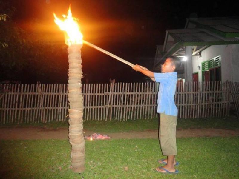 Tradisi Bakar Gunung Api