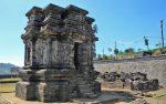 Kompleks Candi Gatotkaca merupakan bagian dari Kompleks Candi Dieng
