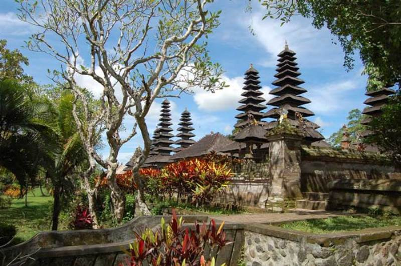 Pura Taman Ayun Bali