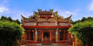 Kelenteng Ban Hin Kiong Manado