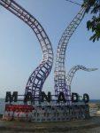 Tugu Boboca di Pantai Malalayang