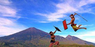 Tradisi Presean Suku Sasak Lombok