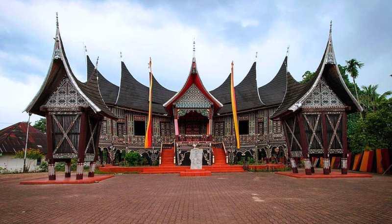 Istana Silinduang Bulan