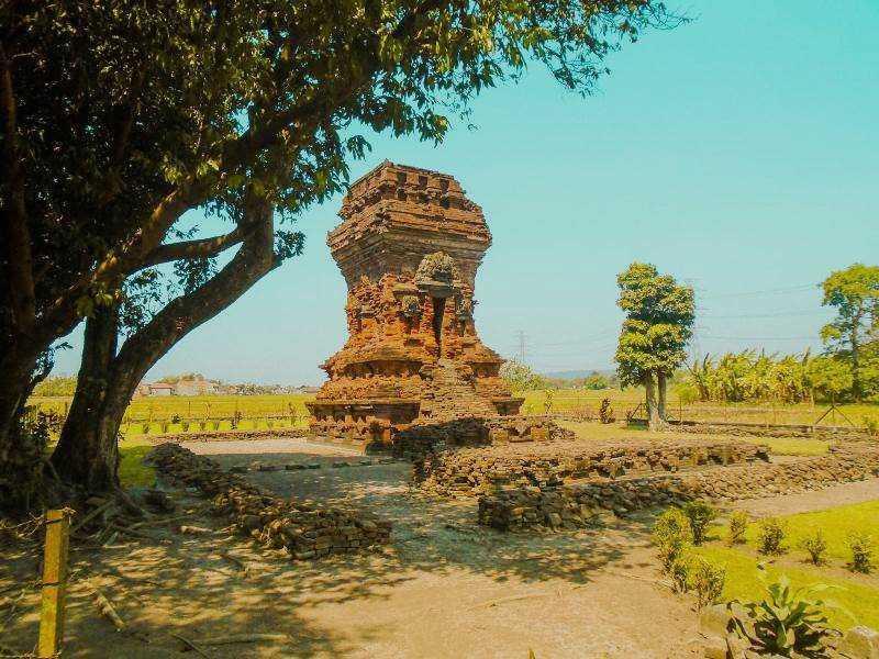 Candi Bangkal
