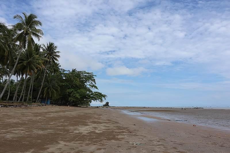 Pantai Batu Lamampu