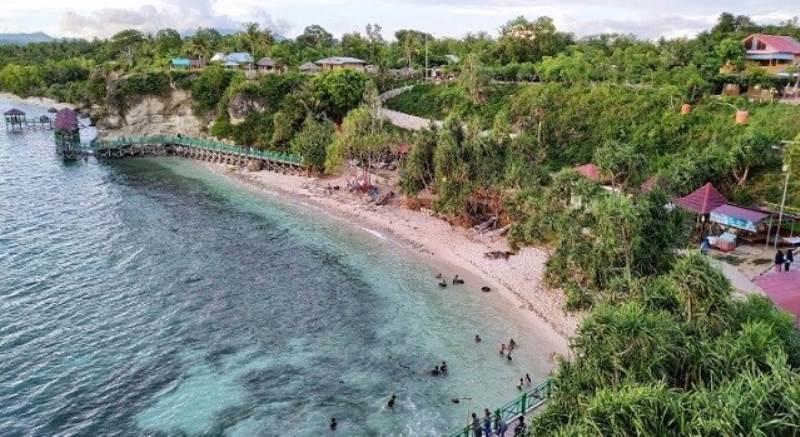 Pantai Dato Majene