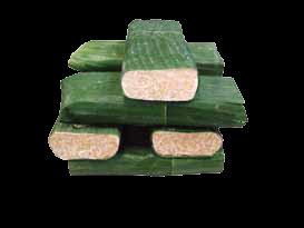 Tempe dengan bungkus daun pisang.
