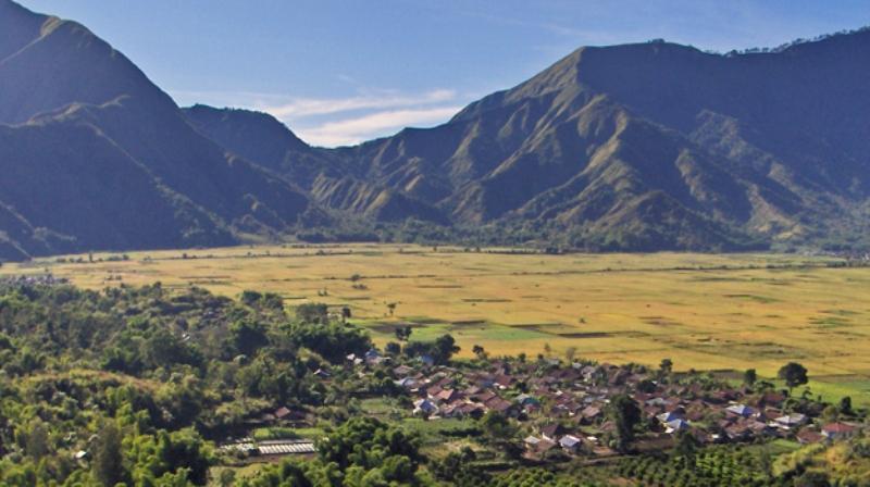Desa Sembalun menjadi jalur pilihan pendakian Gunung Rinjani. (Foto: gililombok.com)